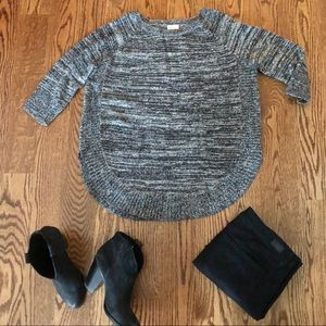 Adorable wool and Mohair Black/White Sweater